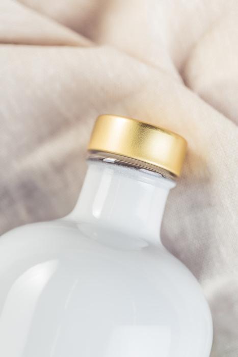 Vodkaflasche-Mary-White-Detail